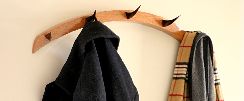 lash_coatrack1